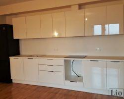 Virtuvės baldai 440
