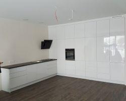 Virtuvės baldai 675