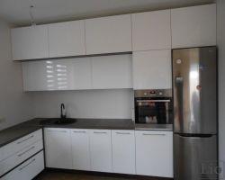 Virtuvės baldai 690