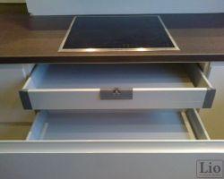 Virtuvės baldų furnitūra 16