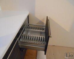 Virtuvės baldų furnitūra 20