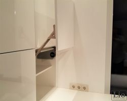 Virtuvės baldų furnitūra 41