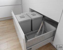 Virtuvės baldų furnitūra 3