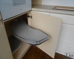 Virtuvės baldų furnitūra 11