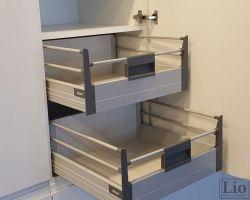 Virtuvės baldų furnitūra 35
