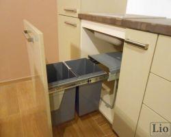 Virtuvės baldų furnitūra 8