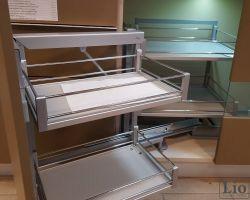 Virtuvės baldų furnitūra 48
